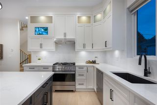 Photo 5: 1044 QUADLING Avenue in Coquitlam: Maillardville House for sale : MLS®# R2465701