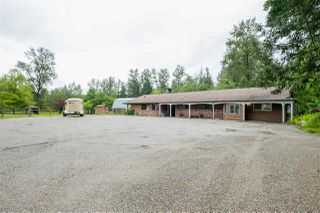 Photo 2: 10721 272 Street in Maple Ridge: Whonnock House for sale : MLS®# R2475987