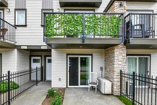 Photo 3: 109 2821 Jacklin Rd in Langford: La Langford Proper Row/Townhouse for sale : MLS®# 845096