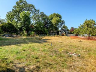 Photo 20: 746 Pemberton Rd in : Vi Rockland Land for sale (Victoria)  : MLS®# 851874