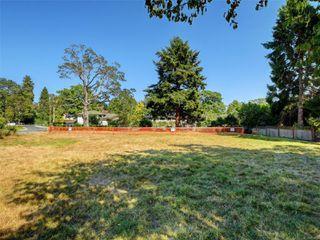 Photo 5: 746 Pemberton Rd in : Vi Rockland Land for sale (Victoria)  : MLS®# 851874