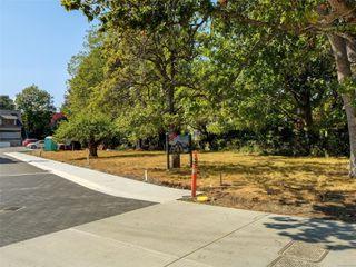 Photo 16: 746 Pemberton Rd in : Vi Rockland Land for sale (Victoria)  : MLS®# 851874