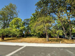 Photo 18: 746 Pemberton Rd in : Vi Rockland Land for sale (Victoria)  : MLS®# 851874