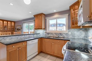 Photo 12: 2525 Pollard Drive in Mississauga: Erindale House (2-Storey) for sale : MLS®# W4887592