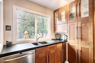 Photo 15: 4703 Chapel Road NW in Calgary: Charleswood Detached for sale : MLS®# A1041619