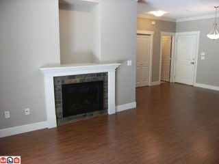 "Photo 2: 105 15368 17A Avenue in Surrey: King George Corridor Condo for sale in ""OCEAN WYNDE"" (South Surrey White Rock)  : MLS®# F1102941"