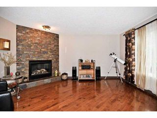 Photo 2: 139 WESTPOINT Gardens SW in CALGARY: West Springs Residential Detached Single Family for sale (Calgary)  : MLS®# C3492831