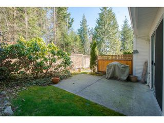 "Photo 17: 8 3939 INDIAN RIVER Drive in North Vancouver: Indian River Townhouse for sale in ""Hartford Lane"" : MLS®# V1052357"