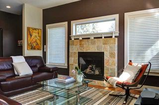 Photo 6: 400 30 Avenue NW in CALGARY: Mount Pleasant Residential Attached for sale (Calgary)  : MLS®# C3608679