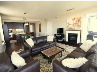 "Photo 6: 1204 15152 RUSSELL Avenue: White Rock Condo for sale in ""MIRAMAR"" (South Surrey White Rock)  : MLS®# F1408728"