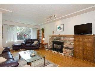 """Photo 3: 3691 W 21ST Avenue in Vancouver: Dunbar House for sale in """"DUNBAR"""" (Vancouver West)  : MLS®# V1062910"""