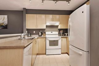 "Photo 6: 306 137 E 1ST Street in North Vancouver: Lower Lonsdale Condo for sale in ""CORONADO"" : MLS®# V1098807"