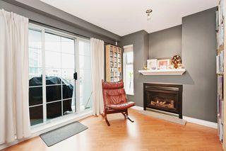"Photo 3: 306 137 E 1ST Street in North Vancouver: Lower Lonsdale Condo for sale in ""CORONADO"" : MLS®# V1098807"