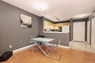 "Photo 5: 306 137 E 1ST Street in North Vancouver: Lower Lonsdale Condo for sale in ""CORONADO"" : MLS®# V1098807"
