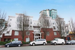 "Photo 19: 306 137 E 1ST Street in North Vancouver: Lower Lonsdale Condo for sale in ""CORONADO"" : MLS®# V1098807"