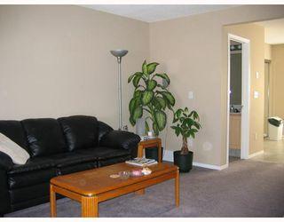 Photo 2: 57 111 Tarawood Lane NE in Calgary: Taradale Townhouse for sale : MLS®# C3364648