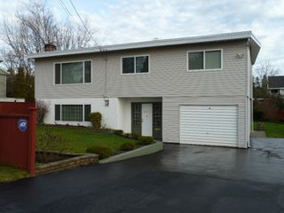 Photo 1: 391 Montgomery Street in Coquitlam: Home for sale : MLS®# V865863