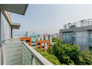 "Photo 5: 806 168 POWELL Street in Vancouver: Downtown VE Condo for sale in ""SMART"" (Vancouver East)  : MLS®# V1133294"