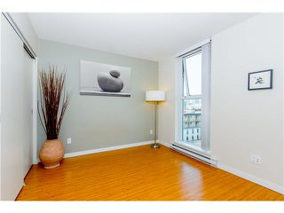 "Photo 9: 806 168 POWELL Street in Vancouver: Downtown VE Condo for sale in ""SMART"" (Vancouver East)  : MLS®# V1133294"