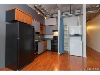 Photo 8: 505 1061 Fort St in VICTORIA: Vi Downtown Condo Apartment for sale (Victoria)  : MLS®# 718646