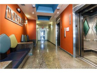 Photo 3: 505 1061 Fort St in VICTORIA: Vi Downtown Condo Apartment for sale (Victoria)  : MLS®# 718646