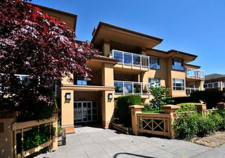 "Photo 1: 204 15155 22 Avenue in Surrey: King George Corridor Condo for sale in ""VILLA PACIFIC"" (South Surrey White Rock)  : MLS®# R2039589"