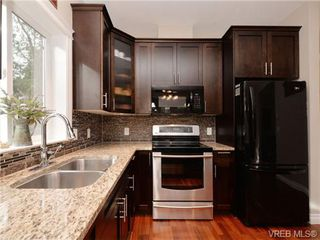 Photo 6: 765 Danby Pl in VICTORIA: Hi Bear Mountain Single Family Detached for sale (Highlands)  : MLS®# 723545