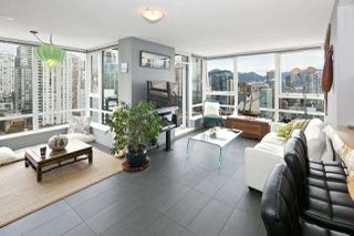 "Photo 1: 2508 928 BEATTY Street in Vancouver: Yaletown Condo for sale in ""THE MAX by CONCORD PACIFIC"" (Vancouver West)  : MLS®# R2047968"