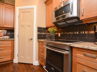 Photo 14: 105 1055 Crown Isle Dr in COURTENAY: CV Crown Isle Row/Townhouse for sale (Comox Valley)  : MLS®# 740518