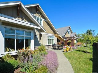 Photo 31: 105 1055 Crown Isle Dr in COURTENAY: CV Crown Isle Row/Townhouse for sale (Comox Valley)  : MLS®# 740518