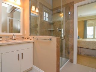 Photo 21: 105 1055 Crown Isle Dr in COURTENAY: CV Crown Isle Row/Townhouse for sale (Comox Valley)  : MLS®# 740518
