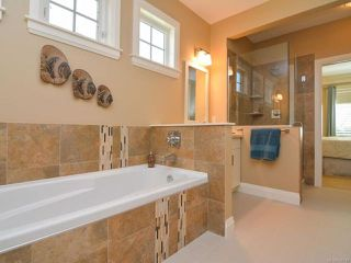 Photo 19: 105 1055 Crown Isle Dr in COURTENAY: CV Crown Isle Row/Townhouse for sale (Comox Valley)  : MLS®# 740518