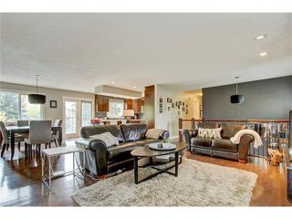 Photo 9: 544 OAKWOOD Place SW in Calgary: Oakridge House for sale : MLS®# C4084139
