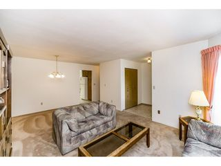 """Photo 4: 8508 121 Street in Surrey: Queen Mary Park Surrey House for sale in """"JANIS PARK"""" : MLS®# R2113584"""