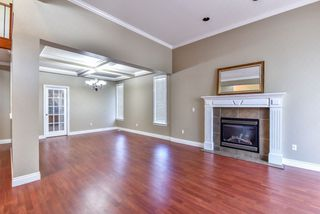 Photo 2: 16833 87 Avenue in Surrey: Fleetwood Tynehead House for sale : MLS®# R2116704