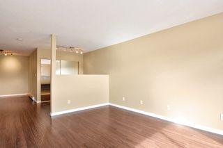 "Photo 12: 311 17661 58A Avenue in Surrey: Cloverdale BC Condo for sale in ""WYNDHAM ESTATES"" (Cloverdale)  : MLS®# R2158983"