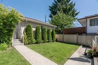 Photo 18: 5938 SHERBROOKE Street in Vancouver: Knight House for sale (Vancouver East)  : MLS®# R2183421