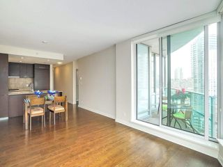 "Photo 2: 2702 833 HOMER Street in Vancouver: Downtown VW Condo for sale in ""ATELIER"" (Vancouver West)  : MLS®# R2195934"