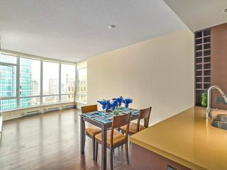 "Photo 8: 2702 833 HOMER Street in Vancouver: Downtown VW Condo for sale in ""ATELIER"" (Vancouver West)  : MLS®# R2195934"