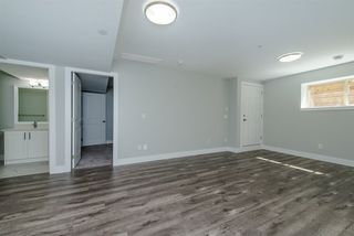 Photo 16: 36068 EMILY CARR Green in Abbotsford: Abbotsford East House for sale : MLS®# R2199574