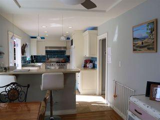 Photo 8: 13726 COLDICUTT AVENUE in South Surrey White Rock: Home for sale : MLS®# R2037381