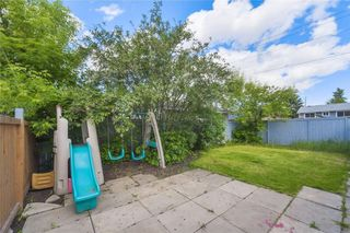 Photo 15: 875 PINECLIFF DR NE in Calgary: Pineridge House for sale : MLS®# C4123364