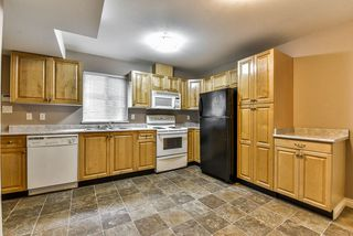Photo 14: 7761 CEDAR Street in Mission: Mission BC House for sale : MLS®# R2218307