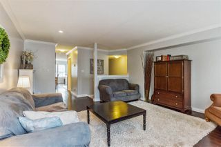 Photo 3: 8 11165 GILKER HILL Road in Maple Ridge: Cottonwood MR Townhouse for sale : MLS®# R2221793