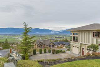 "Photo 4: 7288 MOUNT THURSTON Drive in Chilliwack: Eastern Hillsides House for sale in ""Elk Mountain Estates"" : MLS®# R2222225"