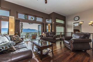 "Photo 15: 7288 MOUNT THURSTON Drive in Chilliwack: Eastern Hillsides House for sale in ""Elk Mountain Estates"" : MLS®# R2222225"