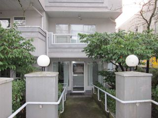 Photo 2: 201 2546 W 4TH Avenue in Vancouver: Kitsilano Condo for sale (Vancouver West)  : MLS®# R2223069