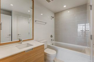 """Photo 10: 3302 4688 KINGSWAY in Burnaby: Metrotown Condo for sale in """"STATION SQUARE"""" (Burnaby South)  : MLS®# R2223914"""