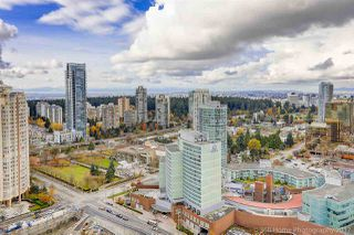 """Photo 5: 3302 4688 KINGSWAY in Burnaby: Metrotown Condo for sale in """"STATION SQUARE"""" (Burnaby South)  : MLS®# R2223914"""