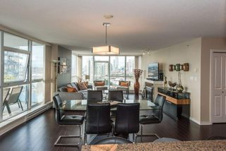 """Photo 13: 2005 2225 HOLDOM Avenue in Burnaby: Central BN Condo for sale in """"Legacy"""" (Burnaby North)  : MLS®# R2240436"""